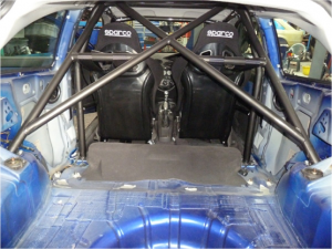 Roll cage manufacture and installation | Norris Motorsport